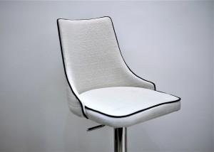 An empty chair Photo by rashid khreiss on Unsplash